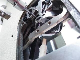 ダイレクトドライブ高速本縫い自動糸切ミシン