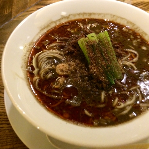 湯島 阿吽 担々麺