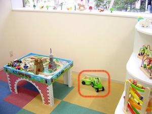 小児科導入の木のおもちゃ トラクター&トラック(くるまのおもちゃ)