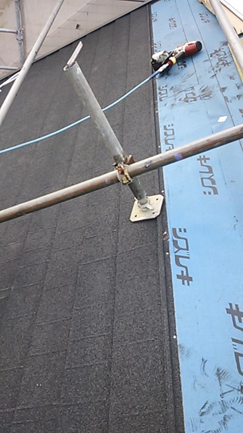 横浜 自然石粒 カバー工法