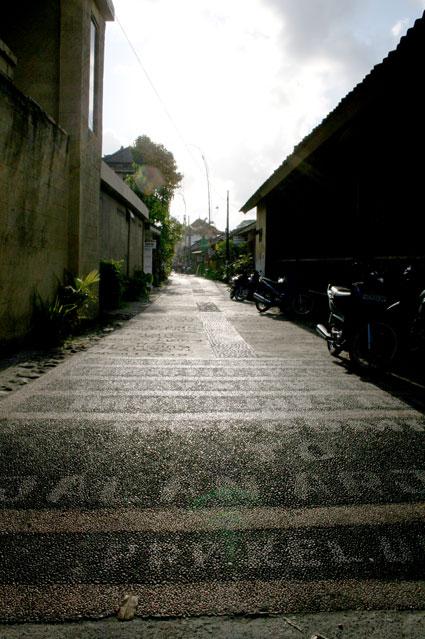 ウブドの路地
