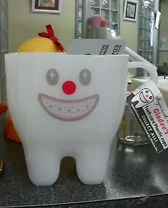 歯のコップ