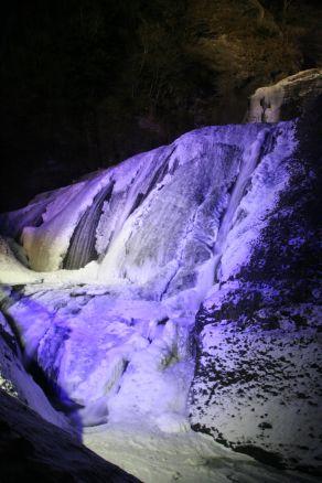 袋田の滝 結氷中