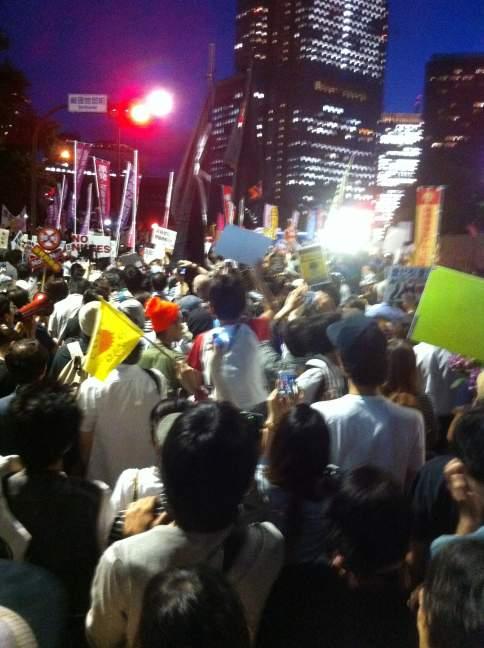官邸前デモ 20120629