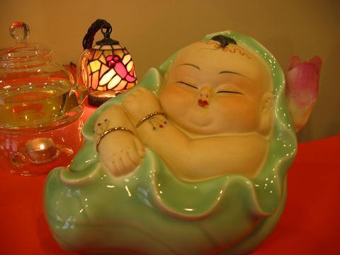 『蓮花王子』陶器製 この穏やかな笑顔がいいでしょう?