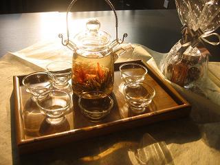 美しくおいしいお茶で、心も体もぽっかぽか