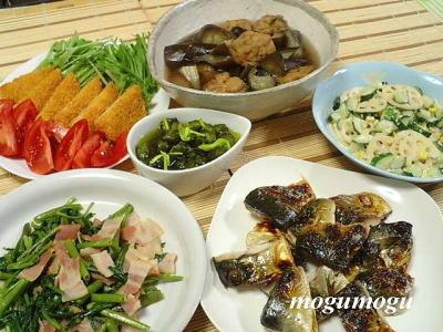 空芯菜とベーコンのニンニク醤油炒め