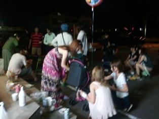 PARCOの店の前30人集まって焼き肉しました
