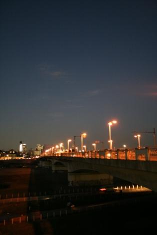 夕方頃の丸子橋