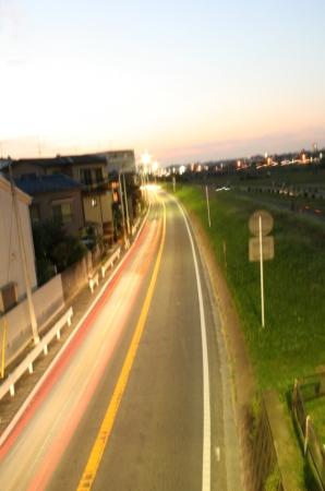 道路とライト。