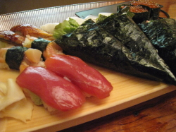 八山、食べ放題の鮨