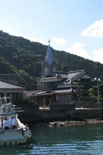 海から、崎津天主堂