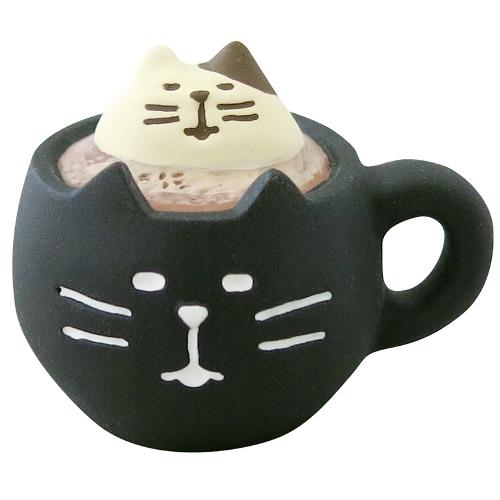 concombre コンコンブル 黒猫ラテ