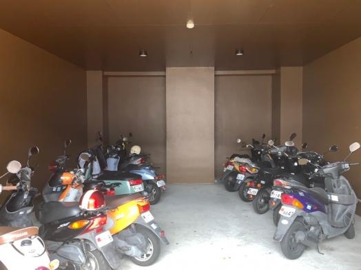 駐輪場 (2).jpg