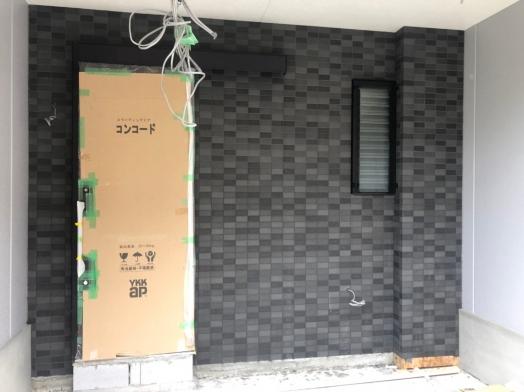 モリタホーム タイル目地詰め_200608_0006.jpg