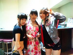 V.S UNION女子3人ショット@楽屋