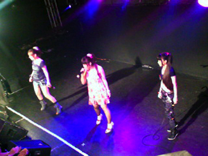 V.S UNION女子3人ショット@ステージ