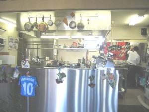 タベルナアルベロオープンキッチン