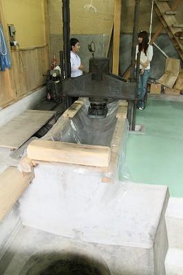 田辺酒造の木槽(きぶね)