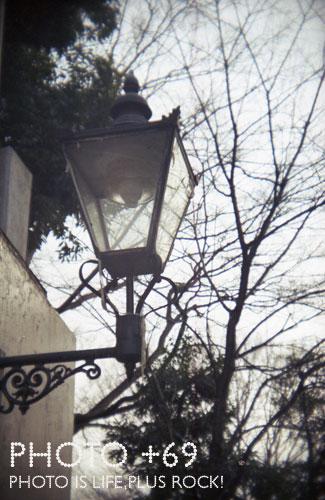 井の頭公園入り口街灯