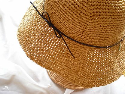 エコアンダリヤラフィ帽子