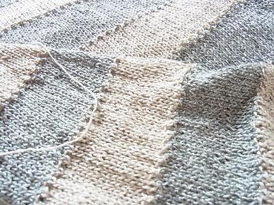 毛糸だま No.154 ダルマ リネン&ラメ
