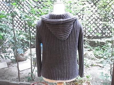 ハマナカ エクシードウール フードつきカーディガン イギリスゴム編みの変形 畦編み