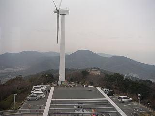 蔵王山展望台から見える衣笠山、滝頭山