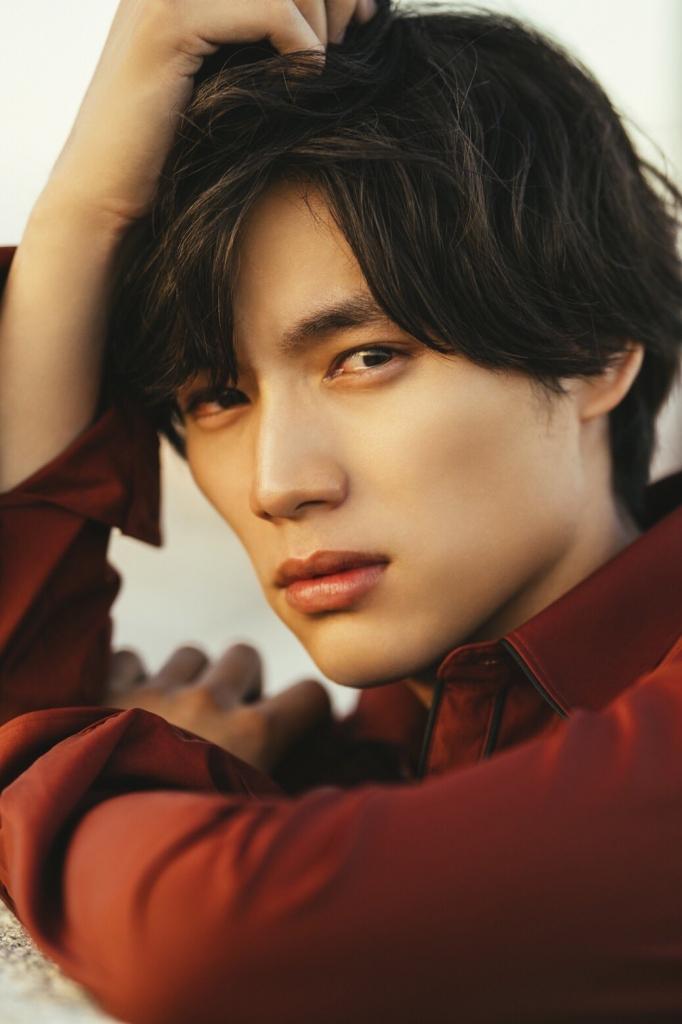 荒木勇人が撮影した福士蒼汰写真集「SOTAFUKUSHI」が2018年12月1日に発売