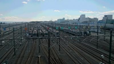 新木場の東京メトロ車両基地の画像