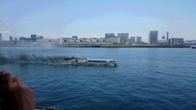晴海埠頭みなと祭炎上する水上バスの画像