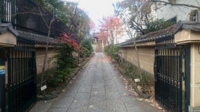 品川区大井にある来福寺の参道の画像