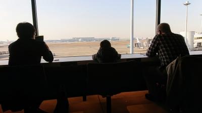 羽田空港のパワーラウンジからの景色