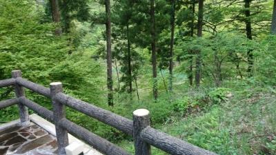 那須の板室別邸の露天風呂から見える板室湖