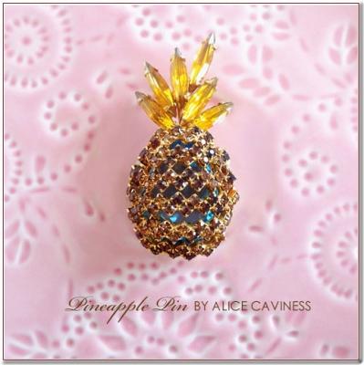 パイナップルのビンテージブローチ ALICE CAVINESS(アリスキャビネス)