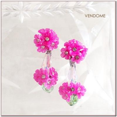ピンクのフラワービンテージイヤリング VENDOME(ヴァンドーム)