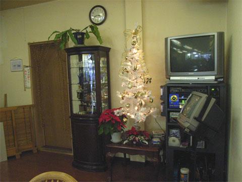 ふくふくにもクリスマスツリーが飾られました。