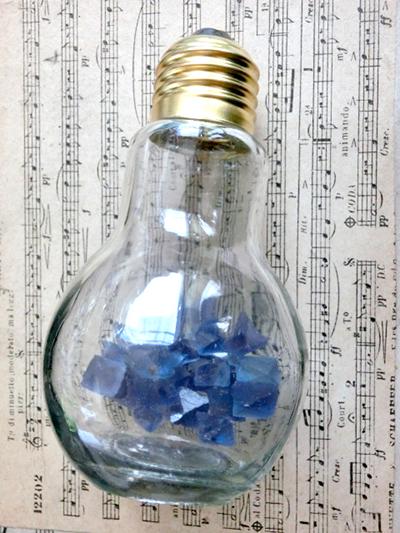 電球型壜入ビンガム蛍石/きらら舎