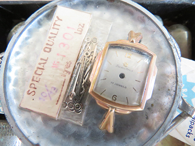 古い時計道具箱の抽斗セール/きらら舎