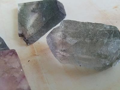 蛍石八面体劈開チップセット/きらら舎