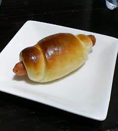 ソーセージロールパン