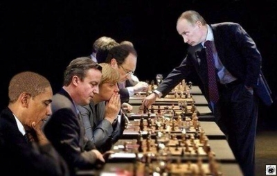 putin play chess