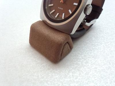 時計スタンドtotu