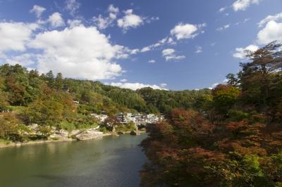 秋晴れの柳津町