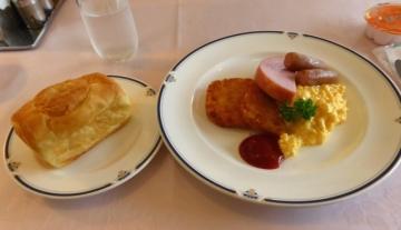 朝食メイン