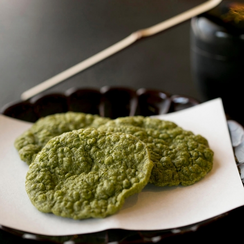 西尾の抹茶海老煎餅