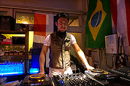 Mambongo! 1/7 DJ Mozzi