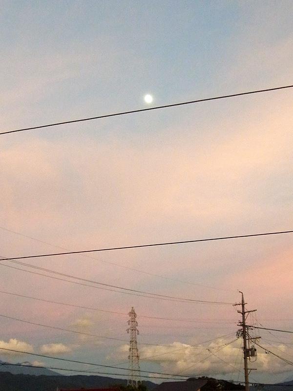 岡谷市、空