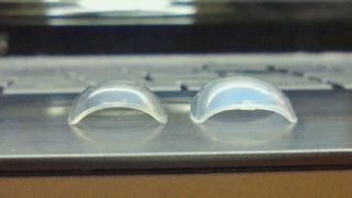 ビューティーネイラーとダイソーのチップを比較
