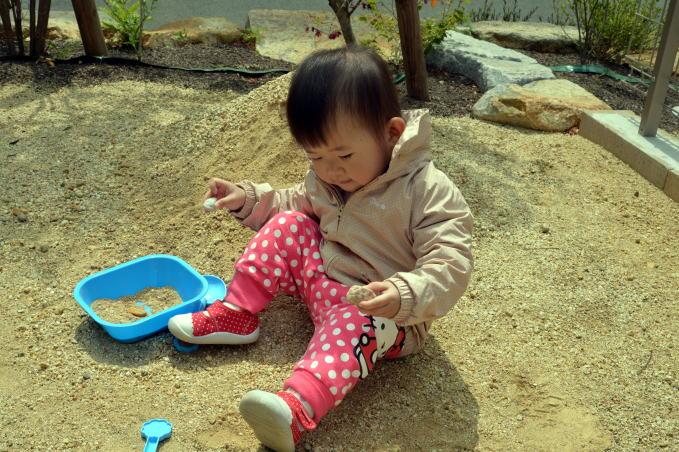 赤ちゃん 1歳9か月3.jpg